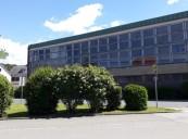 Der Albrecht-Saal - repräsentatives Kantinen- und Veranstaltungsgebäude der ehem. Möbelfabrik